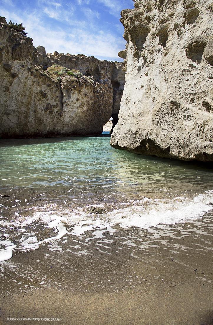 Papafragas-Milos island